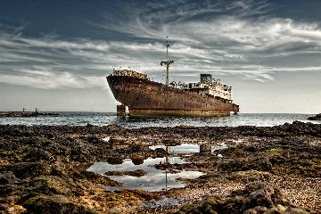 Shipwreck Telamon
