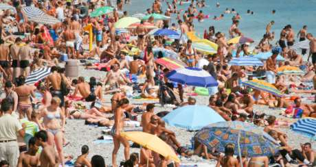 Spain Weather Soars, Canary Islands Not Affected
